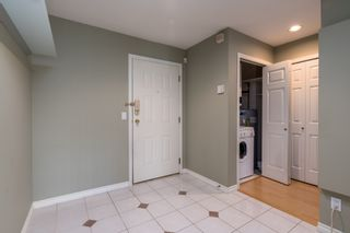 """Photo 2: 415 6735 STATION HILL Court in Burnaby: South Slope Condo for sale in """"COURTYARDS"""" (Burnaby South)  : MLS®# R2450864"""