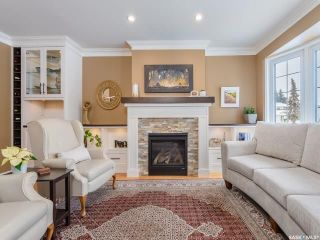 Photo 2: 551 Tobin Crescent in Saskatoon: Lawson Heights Residential for sale : MLS®# SK798034