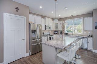Photo 8: 51118 SOPHIE Crescent in Chilliwack: Eastern Hillsides House for sale : MLS®# R2505141