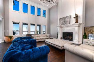 Photo 5: 944 166 Avenue in Edmonton: Zone 51 House for sale : MLS®# E4245782