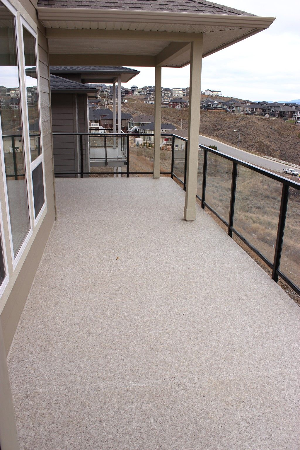 Photo 9: Photos: 2054 Saddleback Drive in Kamloops: Batchelor Heights House for sale : MLS®# 137815