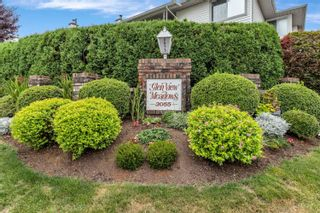 """Photo 2: 25 3055 TRAFALGAR Street in Abbotsford: Central Abbotsford Townhouse for sale in """"Glenview Meadows"""" : MLS®# R2611472"""