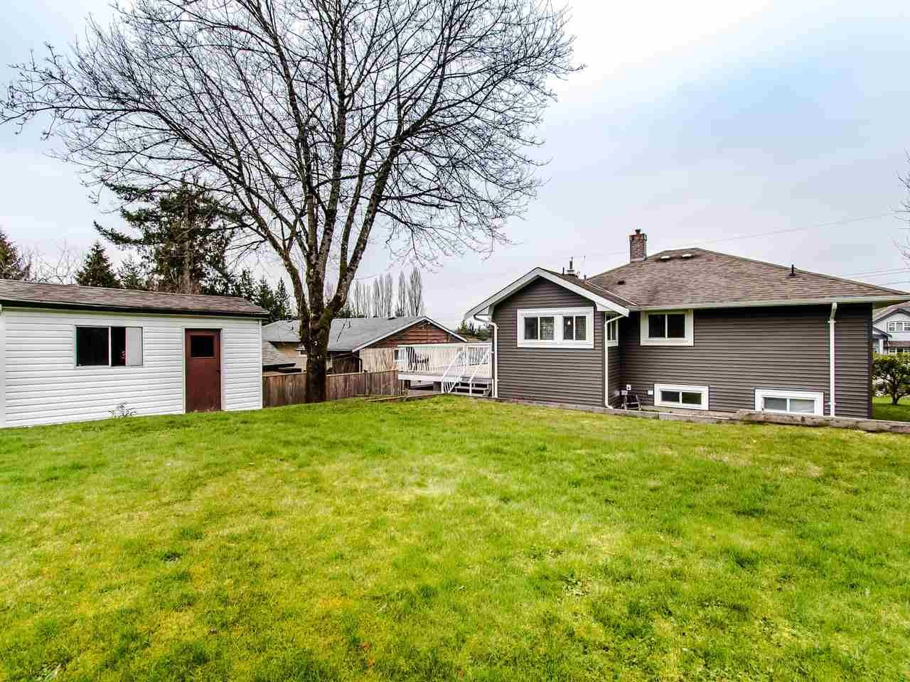 """Photo 18: Photos: 21744 48A Avenue in Langley: Murrayville House for sale in """"MURRAYVILLE"""" : MLS®# R2451789"""