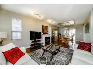 Photo 5: 831 QUADLING Avenue in Coquitlam: Coquitlam West 1/2 Duplex for sale : MLS®# R2412905