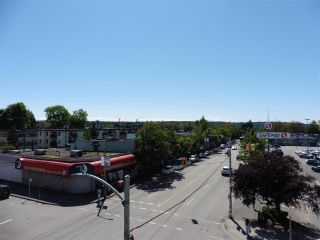"""Photo 19: 403 1978 VINE Street in Vancouver: Kitsilano Condo for sale in """"THE CAPERS BUILDING"""" (Vancouver West)  : MLS®# R2593406"""