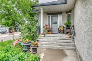 Photo 4: 252 Simcoe Place SW in Calgary: Signal Hill Semi Detached for sale : MLS®# A1131630