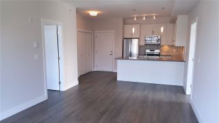 Photo 8: 405 14605 MCDOUGALL DRIVE in Surrey: King George Corridor Condo for sale (South Surrey White Rock)  : MLS®# R2506564