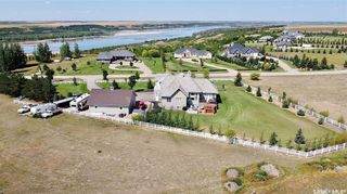 Photo 2: 273 Rudy Lane in Outlook: Residential for sale : MLS®# SK822055