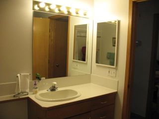 Photo 9: 3323 28 Street SE in CALGARY: West Dover Residential Attached for sale (Calgary)  : MLS®# C3498033