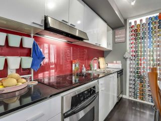 "Photo 14: 1709 602 CITADEL Parade in Vancouver: Downtown VW Condo for sale in ""Spectrum 4"" (Vancouver West)  : MLS®# R2565583"
