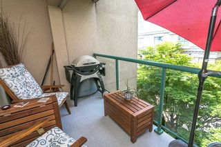 """Photo 13: 322 332 LONSDALE Avenue in North Vancouver: Lower Lonsdale Condo for sale in """"CALYPSO"""" : MLS®# R2275459"""