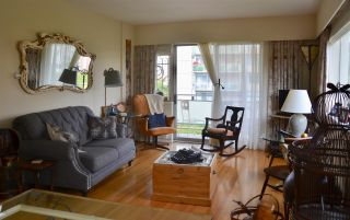 """Photo 2: 406 2409 W 43RD Avenue in Vancouver: Kerrisdale Condo for sale in """"BALSAM COURT"""" (Vancouver West)  : MLS®# R2306176"""