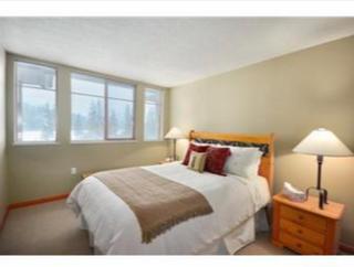 Photo 4: 202 8080 Nicklaus North Boulevard in Whistler: Green Lake Estates Condo for sale