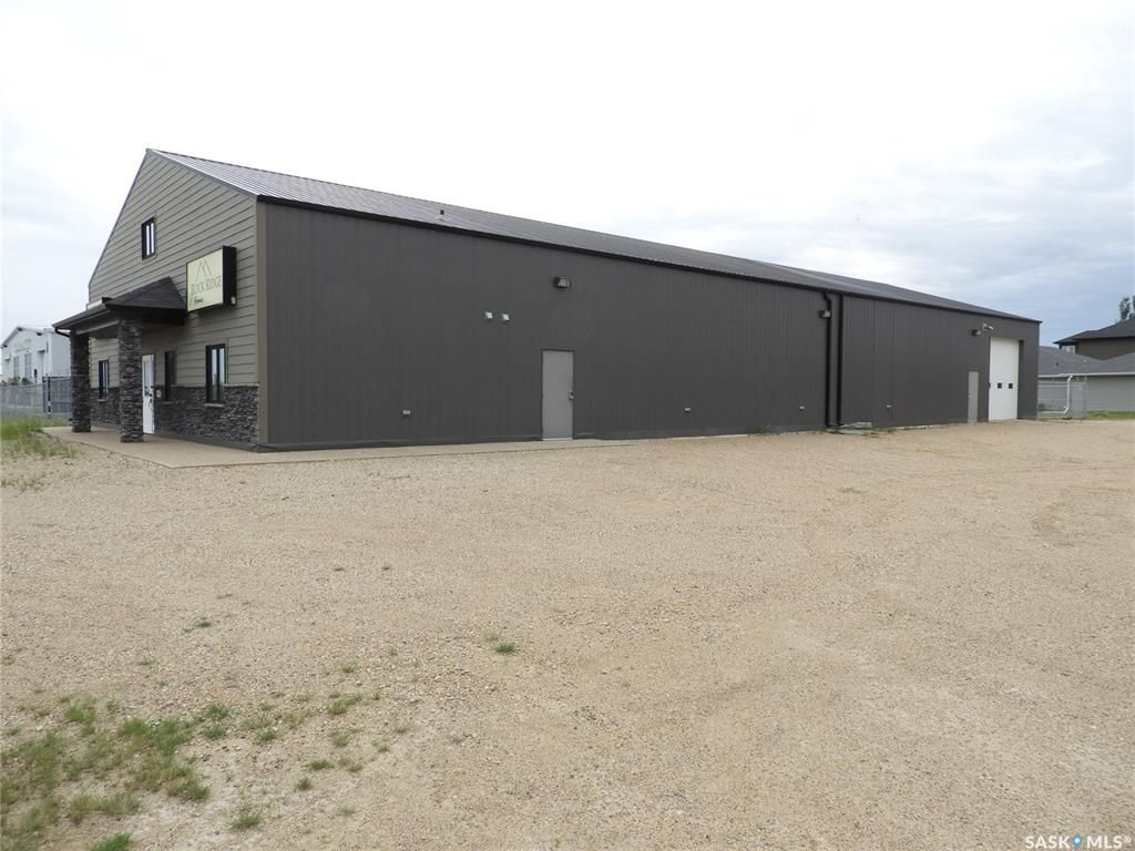 Main Photo: 690 Service Road in Osler: Commercial for sale : MLS®# SK833512