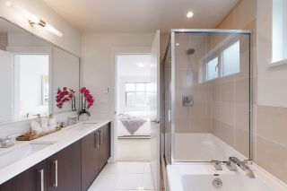 """Photo 16: 1209 8485 NEW HAVEN Close in Burnaby: Big Bend Townhouse for sale in """"McGreggor"""" (Burnaby South)  : MLS®# R2503912"""