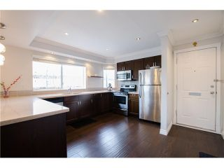 "Photo 9: 1298 W 6TH Avenue in Vancouver: Fairview VW Townhouse for sale in ""Vanderlee Court"" (Vancouver West)  : MLS®# V1130216"
