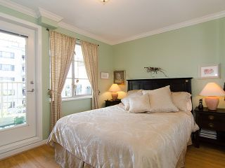 """Photo 8: 308 2490 W 2ND Avenue in Vancouver: Kitsilano Condo for sale in """"TRINITY PLACE"""" (Vancouver West)  : MLS®# V966955"""