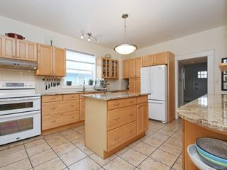 Photo 9: 2866 Inez Dr in Saanich: SW Gorge House for sale (Saanich West)  : MLS®# 842961
