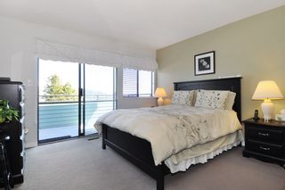 Photo 11: 115 N HOLDOM Avenue in Burnaby: Capitol Hill BN House for sale (Burnaby North)  : MLS®# R2152948