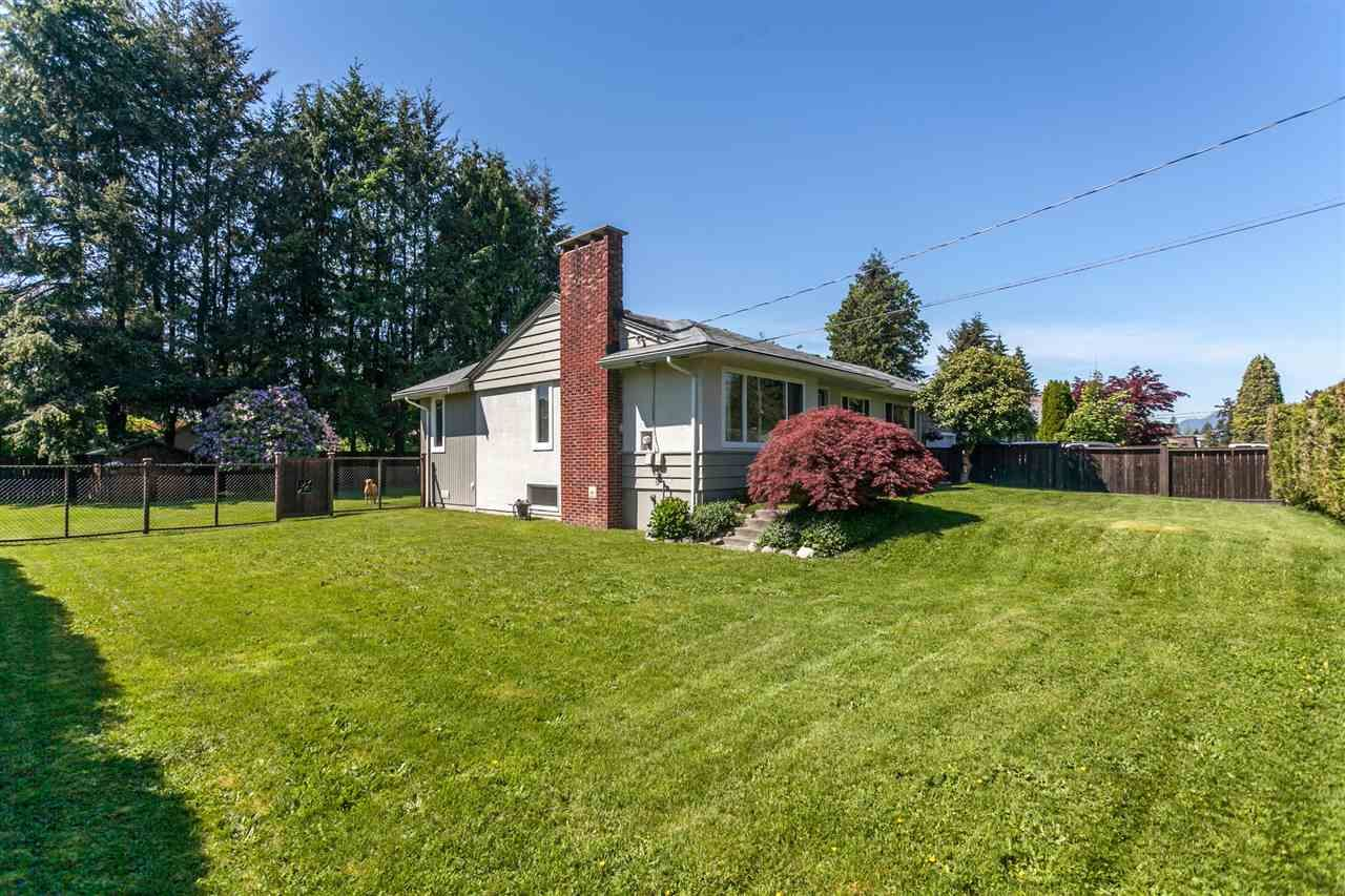 Main Photo: 12095 220 Street in Maple Ridge: West Central House for sale : MLS®# R2066863