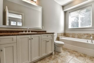 """Photo 12: 32998 CAITHNESS Place in Abbotsford: Central Abbotsford House for sale in """"ARGYLL GROVE"""" : MLS®# R2187464"""