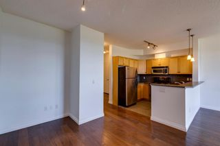 Photo 10: 6 133 Rockyledge View NW in Calgary: Rocky Ridge Apartment for sale : MLS®# A1147777
