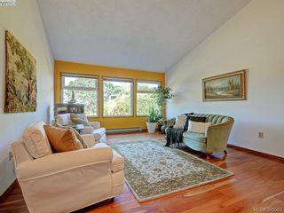 Photo 2: 1000 HIGHROCK Ave in VICTORIA: Es Rockheights House for sale (Esquimalt)  : MLS®# 793140