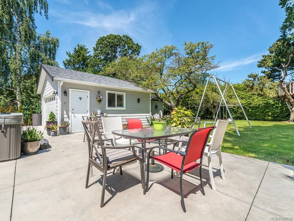 Photo 27: Photos: 2232 Cranmore Rd in Oak Bay: OB North Oak Bay House for sale : MLS®# 840539
