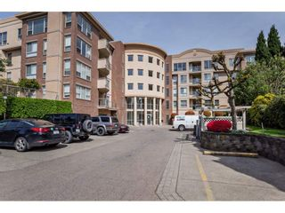 "Photo 2: 410 33731 MARSHALL Road in Abbotsford: Central Abbotsford Condo for sale in ""STEPHANIE PLACE"" : MLS®# R2573833"