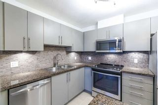 """Photo 3: 1304 2225 HOLDOM Avenue in Burnaby: Central BN Condo for sale in """"LEGACY TOWERS"""" (Burnaby North)  : MLS®# R2138538"""