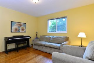 """Photo 5: 1851 129 Street in Surrey: Crescent Bch Ocean Pk. House for sale in """"Ocean Park"""" (South Surrey White Rock)  : MLS®# R2293951"""