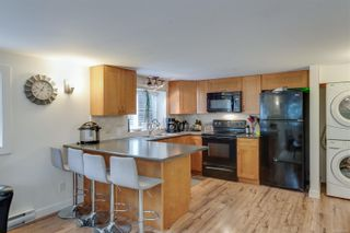 Photo 27: 576 Whiteside St in : SW Tillicum House for sale (Saanich West)  : MLS®# 860465