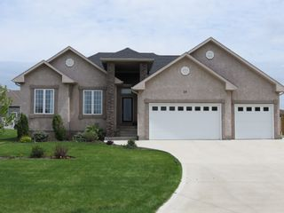 Photo 4: 39 Sage Place in Oakbank: Single Family Detached for sale : MLS®# 1514916