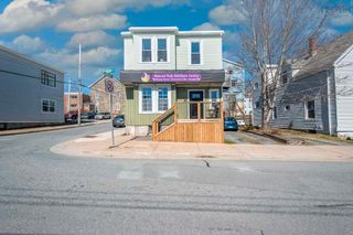 Main Photo: 81 Queen Street in Dartmouth: 10-Dartmouth Downtown To Burnside Commercial for sale (Halifax-Dartmouth)  : MLS®# 202126671