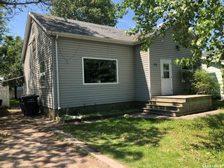Photo 2: 111 1st Street West in Carrot River: Residential for sale : MLS®# SK860812