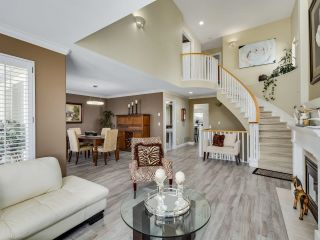 Photo 7: 49 3405 PLATEAU BOULEVARD in Coquitlam: Westwood Plateau Townhouse for sale : MLS®# R2610409