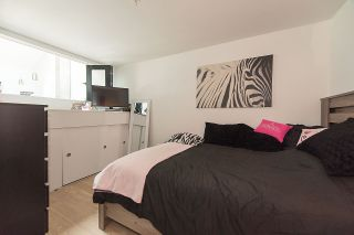 """Photo 16: 401 220 SALTER Street in New Westminster: Queensborough Condo for sale in """"GLASSHOUSE LOFTS"""" : MLS®# R2159431"""