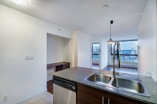 """Photo 8: 1005 813 AGNES Street in New Westminster: Downtown NW Condo for sale in """"NEWS"""" : MLS®# R2526591"""