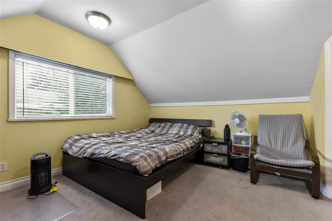 Photo 11: Photos: 1913 EDINBURGH Street in New Westminster: West End NW House for sale : MLS®# R2547519