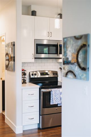 Photo 17: 936 W 16TH Avenue in Vancouver: Cambie Condo for sale (Vancouver West)  : MLS®# R2464695