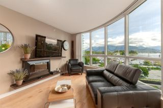 """Photo 6: 202 588 BROUGHTON Street in Vancouver: Coal Harbour Condo for sale in """"HARBOURSIDE PARK"""" (Vancouver West)  : MLS®# R2579225"""