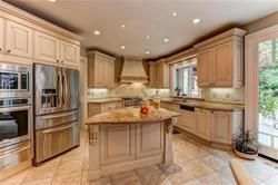 Photo 17: 62 Thorncrest Road in Toronto: Princess-Rosethorn Freehold for sale (Toronto W08)  : MLS®# W3605308
