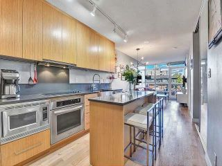 """Photo 2: 369 250 E 6TH Avenue in Vancouver: Mount Pleasant VE Condo for sale in """"District"""" (Vancouver East)  : MLS®# R2578210"""