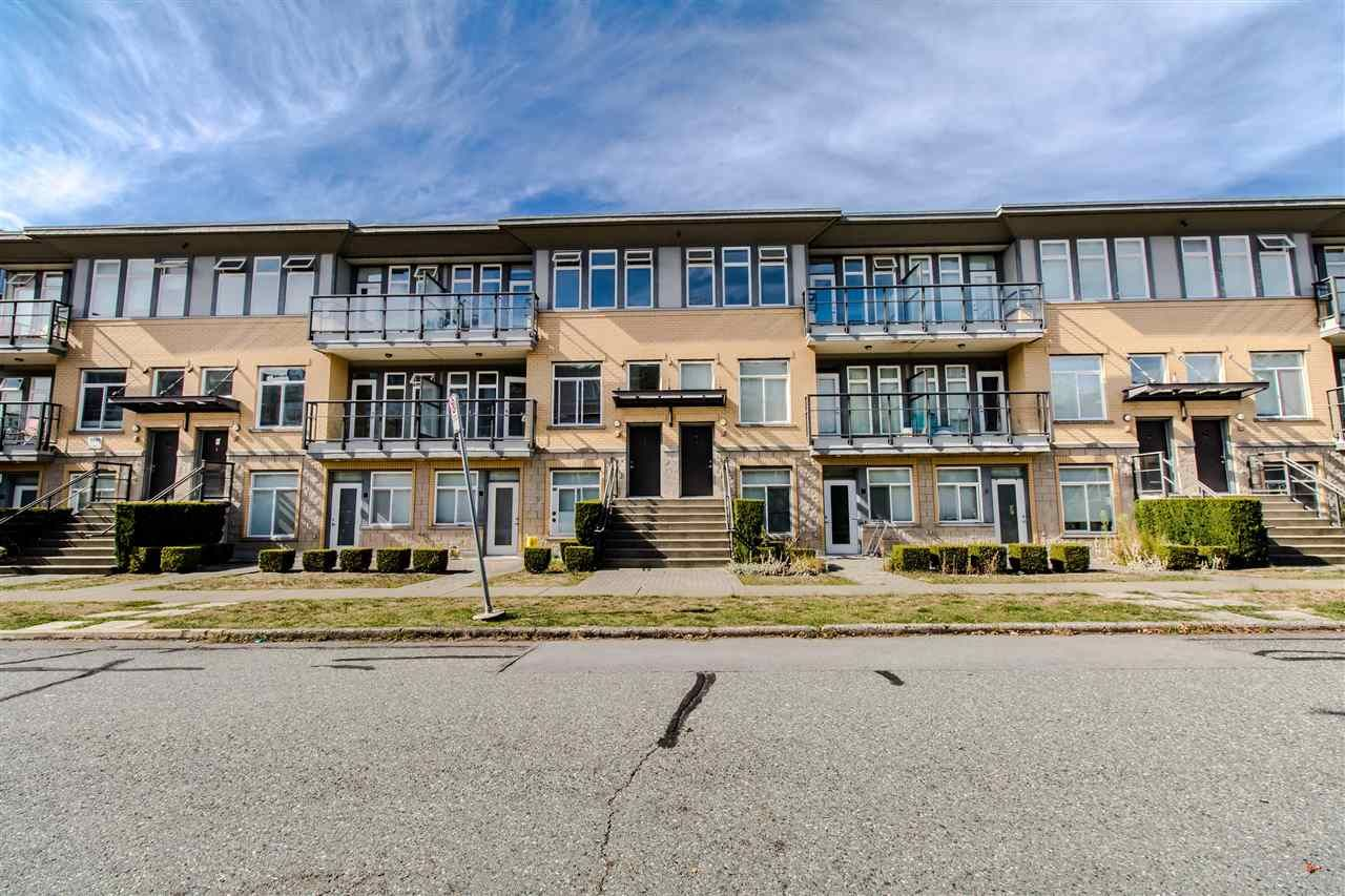 """Main Photo: 209 5649 KINGS Road in Vancouver: University VW Townhouse for sale in """"GALLERIA"""" (Vancouver West)  : MLS®# R2400501"""