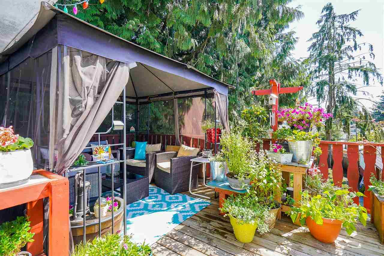 Photo 25: Photos: 8030 13TH Avenue in Burnaby: East Burnaby House for sale (Burnaby East)  : MLS®# R2494365